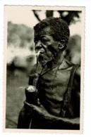 244 - Oubangui (A.E.F. ) Vieux M'Baka-Mandja (fumant La Pipe) Pas Circulé, Photo R Pauleau - Cartoline