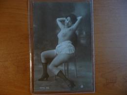 CPA - Femme Nue / Nude Erotic Lady - érotique - Série 576 JA - Nudi Adulti (< 1960)