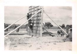 Lot De 17 Photos De 1946 à EVANS & ROUFFACH - Ecole De Cadres De Rouffach - Etang Du Minerai Exercices Militaires - Guerre, Militaire
