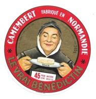 ETIQUETTE De FROMAGE..CAMEMBERT Fabriqué En NORMANDIE..Le Vrai Bénédictin.. U.L.N. à CONDE Sur VIRE ( Manche 50) - Cheese
