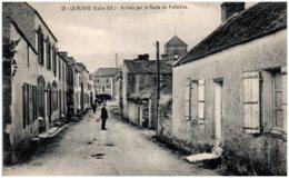 44 LA PLAINE - Arrivée Par La Route De Préfailles - La-Plaine-sur-Mer