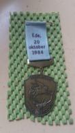 Medaille :Netherlands  -  Medaille -  Pegasus , Wandeltocht 20-10-1984 -Ede-   Medal - Walking Association - Nederland