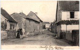71 ANZY-le-DUC - Grande Rue - France