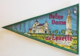 62)  Fanion  Touristique  ABLAIN SAINT NAZAIRE NOTRE DAME DE LORETTE Le Plateau Et Les Monuments - Altri Comuni