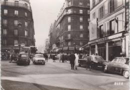 """CPSM Paris 18e - Tabac """"Le Lutetia"""" Et Rue Duhesme (avec Voitures Années 50 : Peugeot 403, Dauphine, 2 CV Fourgonnette) - Paris (18)"""