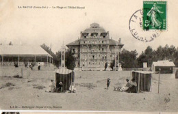 44 - LA BAULE - LA PLAGE ET L'HÔTEL ROYAL - La Baule-Escoublac