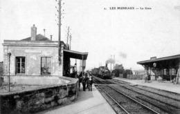 D78 - LES MUREAUX - LA GARE, VUE INTERIEURE ANIMEE AVEC TRAIN - Les Mureaux