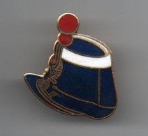 Pin's Coiffe Militaire Belge Ou Police Ou Gendarmerie (à Identifier), Rare......BT14 - Militaria