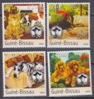 2003Guinea-Bissau2037-40Scouts / Dogs8,00 € - Gatos Domésticos