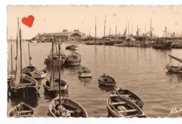 02987-LE-50-CHERBOURG-L' Avant-port Et La Gare Maritime------------bateaux - Cherbourg