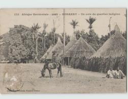 Guinée KONAKRY ... Un Coin Du Quartier Indigène (Fortier 175) Timbre Décollé - Guinée Française