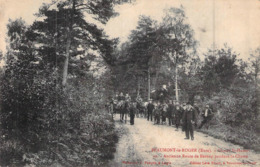 C P A 27] Eure > Beaumont-le-Roger Chasse à Courre Saint Hubert Route De Bernay - Beaumont-le-Roger