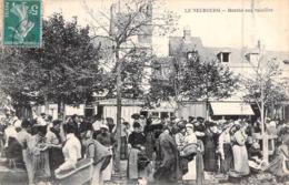 C P A 27] Eure  Le Neubourg Le Marché Aux Volailles Carte Animée - Le Neubourg