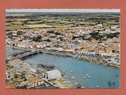 * CPM..dépt 85..SAINT GILLES CROIX DE VIE : Vue Aérienne Sur La Vie , Le Port , Le Quai Et La Ville : Voir Les 2 Scans - Saint Gilles Croix De Vie