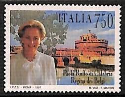 [811013]Italie 1997 - N° 2237, Reine Paola De Belgique, émission Commune - Emissions Communes