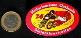 Ancienne Broche (insigne) CONCENTRATION MOTO-CLUB  1974 Belgique Sinterklaastreffen Mc Ostende Side-car & Saint-Nicolas - Motor Bikes
