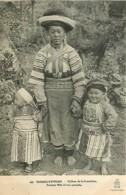TONKIN   YUNNAN  Femme Meo Et Ses Enfants            INDO,491 - Viêt-Nam