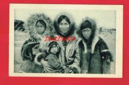 ETATS UNIS ... Alaska Chez Les Esquimaux Du Détroit De BEHRING - Etats-Unis