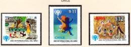 YEAR INTERN. OF CHILD - CILE - Mi. Nr. 913/915 - NH - (6532-35.) - Cile
