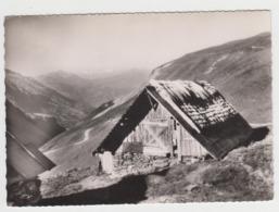 BB969 - ST COLOMBAN DES VILLARDS - Un Chalet Au Col Du Glandon - Dans Le Fond Le Mont Blanc - France