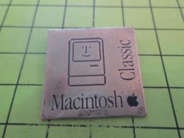 616c Pin's Pins / Beau Et Rare / THEME : INFORMATIQUE / MACINTOSH CLASSIC APPLE POMME - Informatique