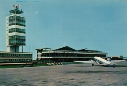 AIRPORT BEOGRAD YUGOSLAVIA JAT DC 3 POSTCARD - Aerodromes