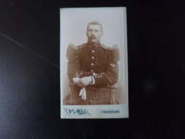 Photo CDV ( 10.5 X 6.5 Cm ) Soldat, Photographe Mas à Cherbourg - Persone Anonimi