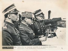 Photo Presse - Paris-Soir - Varsovie - Le Général Gamelin Et Le Général Rydz-Smigly - War, Military