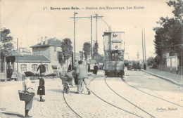 93 SEINE St DENIS Arrivée Du Tramway électrique Devant Les écoles De ROSNY Sous BOIS - Rosny Sous Bois