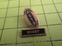 915a Pin's Pins / Beau Et Rare / THEME : SPORTS / RUGBY CLUB ASTD BALLON OVALE - Rugby