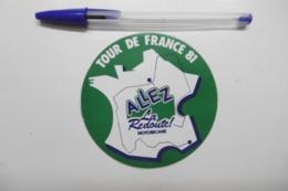 Autocollants Stickers - Le TOUR DE FRANCE 81 Avec La REDOUTE Et MOTOBECANE - Autocollants