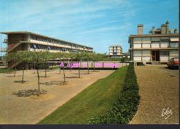 REF 429 : CPSM 40 MONT DE MARSAN Collège De Jeunes Filles - Mont De Marsan
