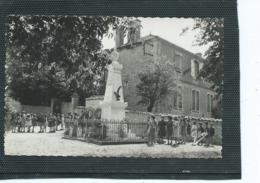 16-GOURVILLE-( Rouillac)-Beau Plan Animé Des Enfants De L'Ecole Autour Du Monument Aux Morts - Autres Communes