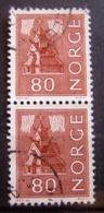 Paire Timbres Oblitérés. Norvège - Série Courante, Type De 1962-65. 1972 - Y.T. N° 590. - Oblitérés