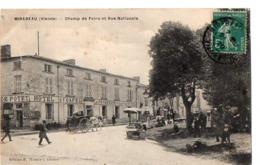 MIREBEAU (Vienne) - Champ De Foire Et Rue Nationale - Mirebeau