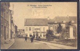 37. NIVELLES - Square Gabrielle Petit Et Monument De Burlet - Nivelles