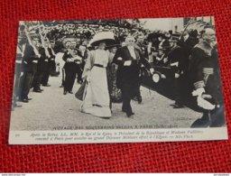 Voyage Des Souverains Belges à Paris En 1910 - Roi Albert I, La Reine, Mr Et Mme Fallières Après La Revue - Familles Royales