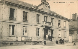 LES  MUREAUX LA MAIRIE - Les Mureaux