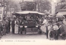 CPA / Marseille (13) Un Marchand De Coquillages  Marius Lavit Parc Corniche  LL   N° 1059 - Straßenhandel Und Kleingewerbe