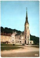 CPSM 88 (Vosges) Domrémy-la-Pucelle - Basilique Sainte Jeanne D'Arc Du Bois-Chenu TBE. Flamme De Domremy - Domremy La Pucelle