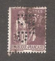 Perforé/perfin/lochung France No 284 R.P Rhône Poulenc - France