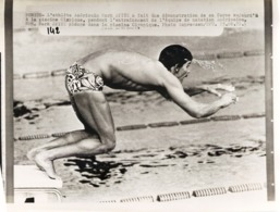 OLYMPIC GAMES MÜNCHEN JEUX OLYMPIQUES MUNICH 1972 VICTORY  SWIMMING MARK SPITZ NATATION - Sports