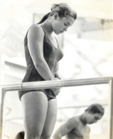 OLYMPIC GAMES MÜNCHEN JEUX OLYMPIQUES MUNICH 1972 U.S. SWIMMING JUMP SWIMMING MILENA DUCHKOVA CSSR - Deportes