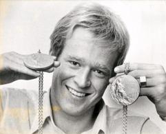 OLYMPIC GAMES MÜNCHEN JEUX OLYMPIQUES MUNICH 1972 U.S. SWIMMING GUNNAR LARSSON SWEDEN GOLD MEDAL - Sporten