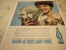 ANCIENNE PUBLICITE  VICHY SAINT YORRE 1961 - Posters