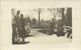Carte Photo Militaires Et Cicils Dans Un Parc à Valence 1916 Repos RV - Fotografie