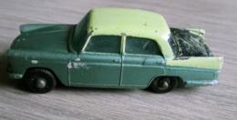 """Austin A55 Cambridge Sedan - Matchbox """"Séries 1 Régular """" N°29 - Matchbox (Lesney)"""