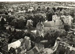 CPSM  Grand Format EN AVION AU DESSUS DE MONTARGIS (Loiret) Le Chateau RV  Edit Lapie RV - Montargis