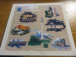 Carte Entier Postal Capitale Européenne Berlin Prêt à Poster International - Overprinter Postcards (before 1995)