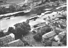 SAINT MARTIN D'ARDECHE - La Place Et Les Bords De L'Ardèche - Vue Aérienne - Sonstige Gemeinden